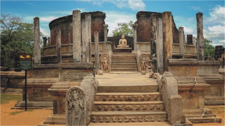 Polonnaruwa - an ancient capital city